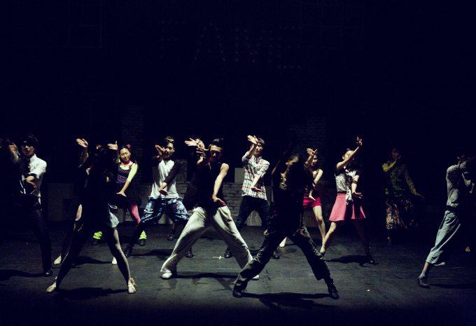 action-adult-dance-270837