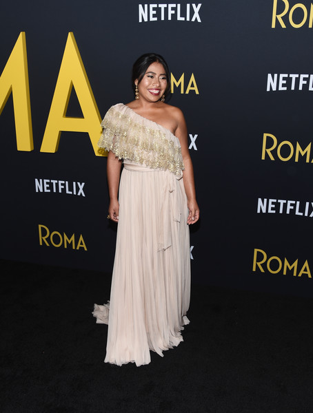 yalitza aparicio at roma premiere los angeles