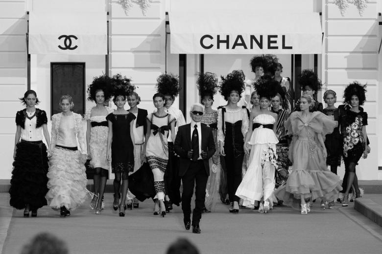 Karl Lagerfeld en el desfile de Chanel